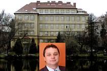 Poběžovická škola a její ředitel Vladimír Foist.