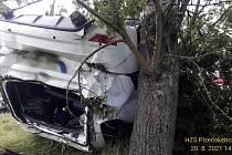 Havárie osobního auta u Koutu na Šumavě.