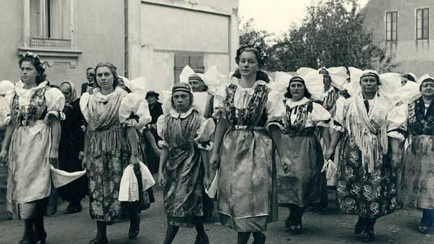Na Chodské slavnosti se v roce 1939 celkem sešlo 120 000 lidí.