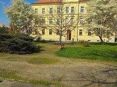 Park před Muzeem Jindřicha Jindřicha projde renovací.