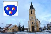 Chrastavice. Kostelík nejsvětější Trojice má v sousedství obecní úřadovnu.