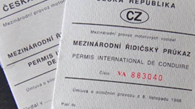 Mezinárodní řidičské průkazy