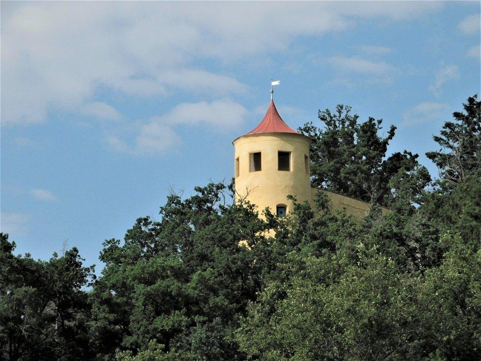 Vyhlídková věž v zámeckém parku je opět přístupná veřejnosti