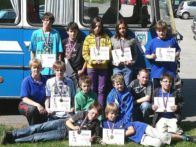 VELKÉ CENY PRACHATIC se zúčastnilo 12 judistů z Poběžovic. Vybojovali šest zlatých, jednu stříbrnou a dvě bronzové medaile.