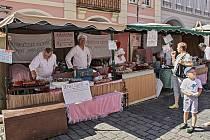 Jarmarky a trhy o Chodských slavnostech očima návštěvníka.