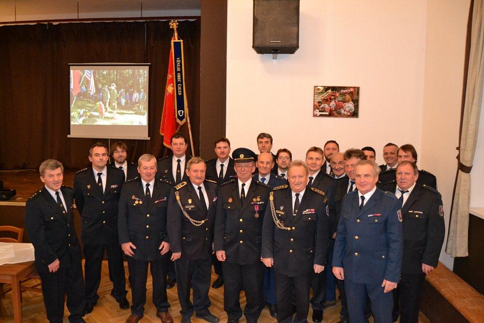 Sbor dobrovolných hasičů v Újezdě předal nejvyšší vyznamenání.