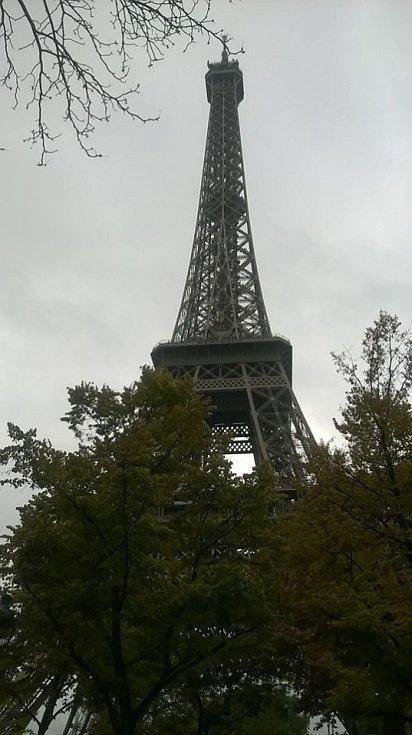 Starou ´dámu´ – Eiffelovu věž není třeba představovat.