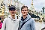 Pěvecké bratrské duo reprezentovalo naši republiku na Mezinárodním folklorním festivalu v Rusku.
