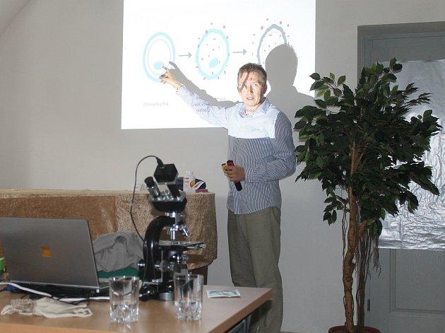 Vladimír Dydyk přednášel o zdraví a detoxikaci organismu.