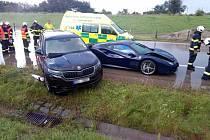 Víkendové nehody na hradecké dálnici D11 naštěstí neskončily tragicky.