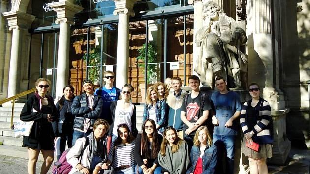 Akce českých a francouzských studentů v rámci programu Comenius.