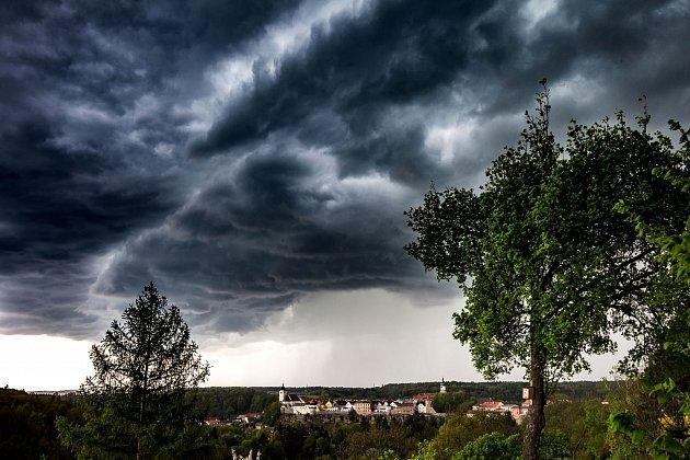 Bouřkové mraky.