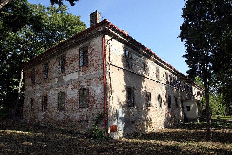 Zanedbané památky na Hradecku: Smidary