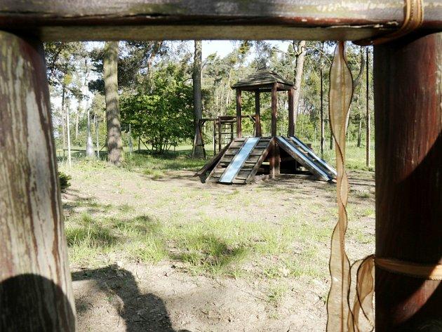 Dětské hřiště vRoudničce.
