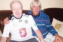 U příležitosti 85. narozenin se setkaly dvě trenérské ikony Zdeněk Krejčí a Ladislav Škorpil.