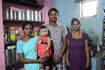 Charita pomůže indickým hladovějícím rodinám.