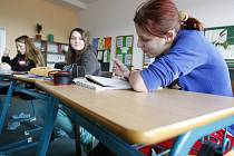 Základní a střední škola pro sluchově postižené děti a mládež na Moravském Předměstí v Hradci Králové.