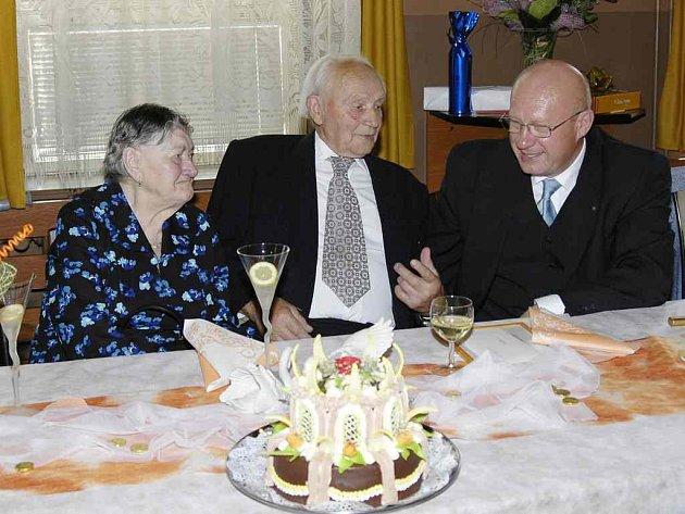Primátor byl svatebním hostem