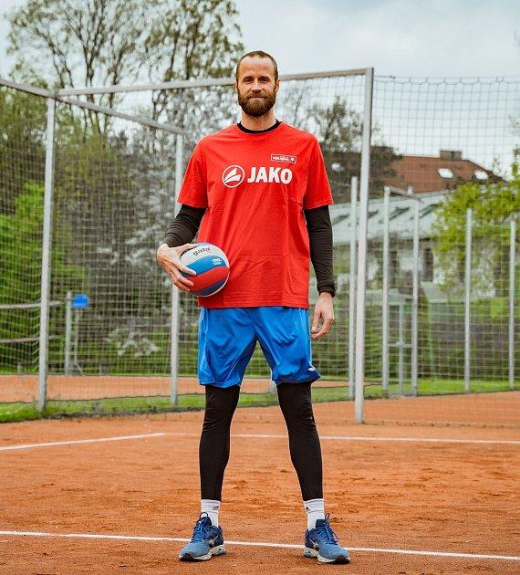 Aleš Holubec - bývalý kapitán reprezentace ČR, současný trenér TJ Slavia HK.