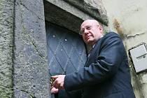 Primátor Otakar Divíšek odemkl Bílou věž a zahájil turistickou sezonu