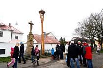 Zvonička ve Svinarech.