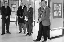 Starý zákon v drobné grafice ze sbírky exlibristy Stanislava Hlinovského v královéhradecké Galerii Na Mostě Farmaceutické fakulty Univerzity Karlovy.
