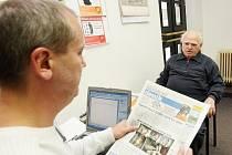"""""""Z očí do očí"""" - ve středu 14. dubna 2010 jste mohli navštívit Hradecký deník a svěřit se, co vás v Hradci trápí a o čem chcete v Deníku číst."""