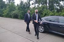 Premiér Andrej Babiš zavítal do Hradce Králové. Hlavním cílem jeho návštěvy je setkání a diskuze se studenty Fakulty vojenského zdravotnictví