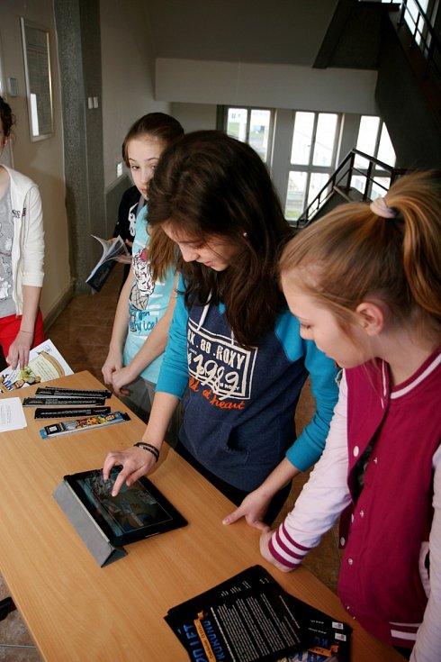 Roadshow k interaktivní vzdělávací výstavě 20 let chráníme českou korunu.