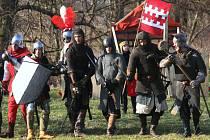 Na Hradecku se v sobotu 21.2.2009 konala jarní bitva Mokrouvousy 2009 z cyklu Proti všem. V bitvě zápolí husité s katolíky o město Benešov a ráno táhnou dál na Prahu.