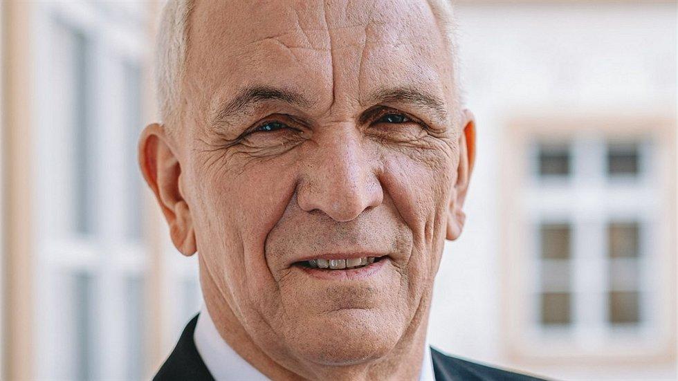 Jaromír Dědeček (ANO 2011), 61 let