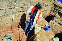 Na Náměstí 28. října v Hradci Králové už několik dní probíhají archeologické výzkumy.