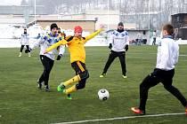 Fotbalová příprava: FK Náchod - FC Olympia Hradec Králové.