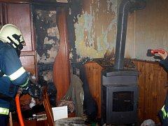 Požár v rodinném domě ve Skřivanech.