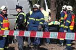 Při tragické dopravní nehodě na silnici I/11 mezi Petrovicemi a Třebechovicemi pod Orebem zahynul jeden člověk.