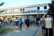 Zahájení nového školního roku v královéhradecké ZŠ Pouchov.