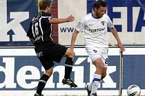 Fotbal: FC Baník Ostrava - FC Hradec Králové. Zleva Jiří Poděbradský a Marek Jankulovski.