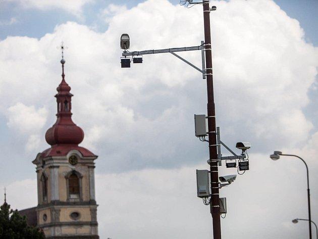 Průjezdné radary na trase do Krkonoš.