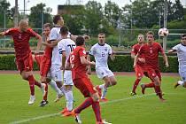 Zatím nejsladší chvíle na turnaji Region's Cup. Tomáš Kabeláč střílí vítězný gól Rusku. Nahrával Petr Holubec. V akci jsou také Jiří Rejl, Jan Pražák, Martin Malý a Marek Brich.