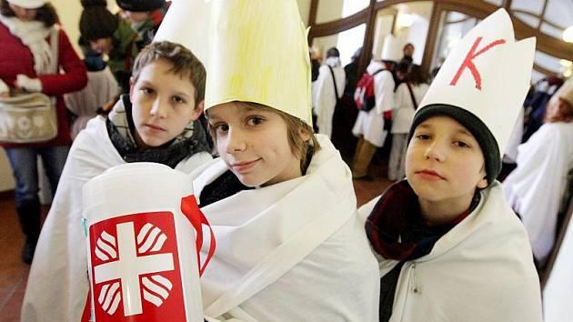 Tříkrálová sbírka 2011 v Hradci Králové začala 6. ledna v katedrále svatého Ducha.