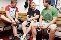S jedinou novou posilou a téměř totožným realizačním týmem zahájili hokejisté HC VCES Hradec Králové přípravu na nový ročník první ligy.