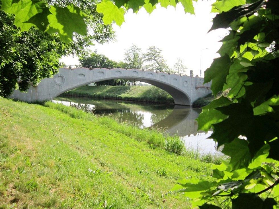 Kamenný most v Hradci Králové.