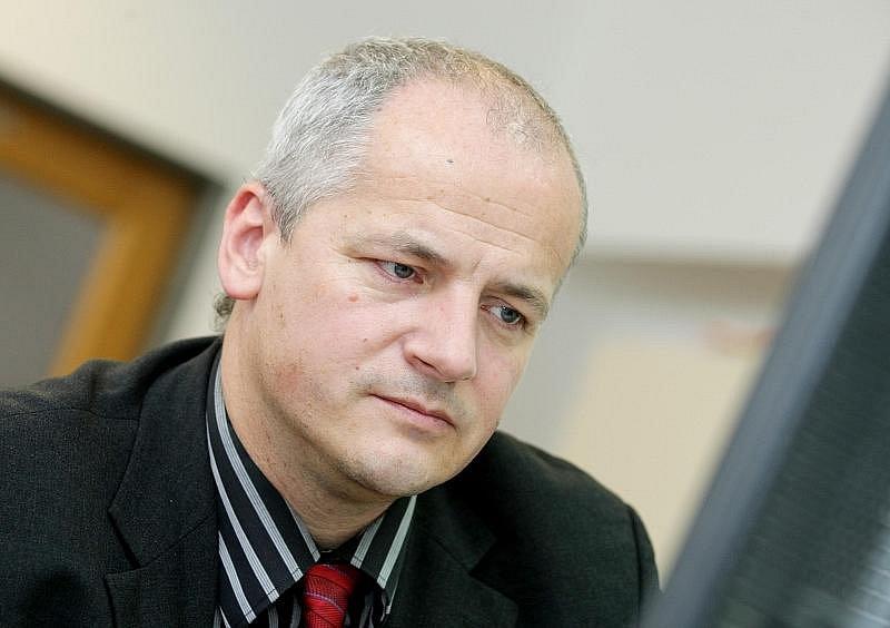 On-line rozhovor s Romanem Prymulou, ředitelem hradecké fakultní nemocnice.