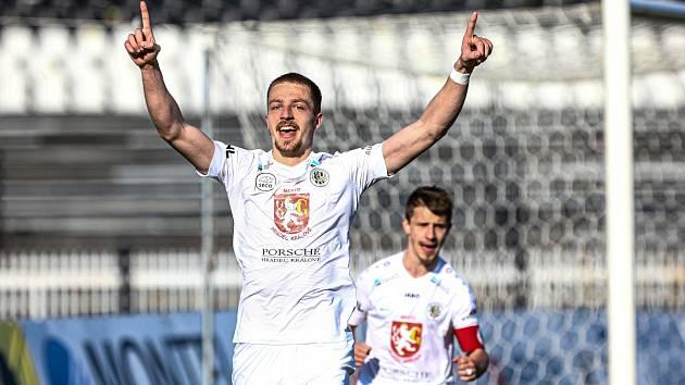 STŘELEC. Hradecký útočník Daniel Vašulín se trefil hned ve svém prvním ligovém utkání.