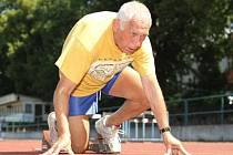 Jaroslav Nohejl tvrdě trénuje i v třiasedmdesáti letech. Sportuje šestkrát týdně.