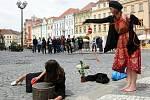 V Hradci Králové začal 21. června XVI. mezinárodní festival Divadlo evropských regionů. Na snímku Micimacko.tym.sk, Praha Bagollytolak.