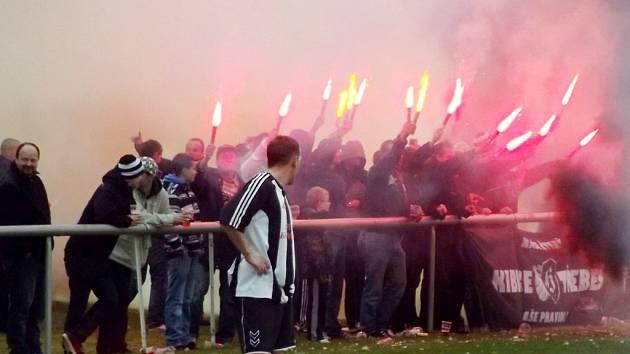 Krajská fotbalová I. A třída: FC Nový Hradec Králové - TJ Sokol Třebeš.