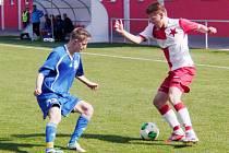 Krajský přebor ve fotbale: FC Slavia Hradec Králové - RMSK Cidlina Nový Bydžov.