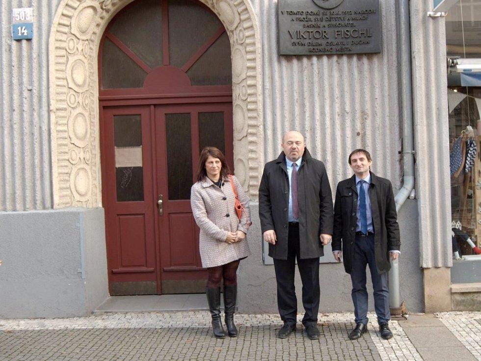 Návštěva rodného domu V. Fischla.