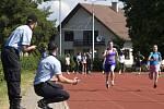 Krajské kolo programu Odznak všestrannosti olympijských vítězů v areálu hradecké ZŠ Štefcova.